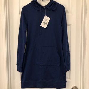 Fabletics Yukon hooded dress/cover up